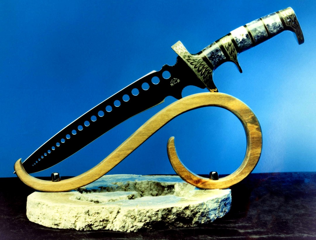 """Treatymaker"" tactical art knife with sub-hilt hidden tang knife handle in brass and gemstone, blued, double edged blade"