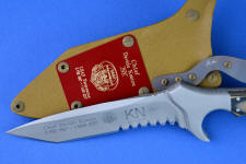 """Uvhash"" Pararescue Commemorative Combat knife, obverse side blade engraving detail showing service dates"