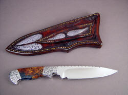 """Altair"" reverse side view. Even sheath back has inlays of frog skin. Knife has very nice, clean lines."