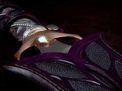"""Amethystine"" dagger custom sheath mouth detail. Hand-carved leather shoulder is thick and strong, 9-10 oz. dyed and sealed"