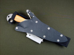 """Macha Navigator"" with ultimate belt loop extender and accessories. Screws in sheath are stainless steel Chicago screws"