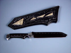 """Trailhead EL"" reverse side view. Sheath back has inlays of Praire Rattlesnake skin even in belt loop"