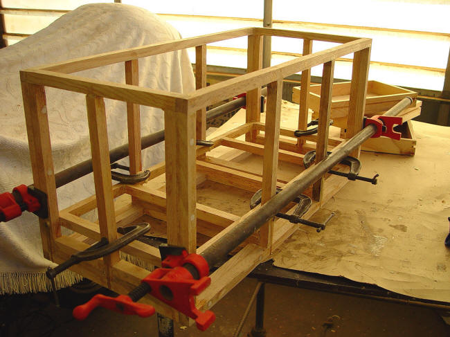 Handmade trunk frame, clamping assembly